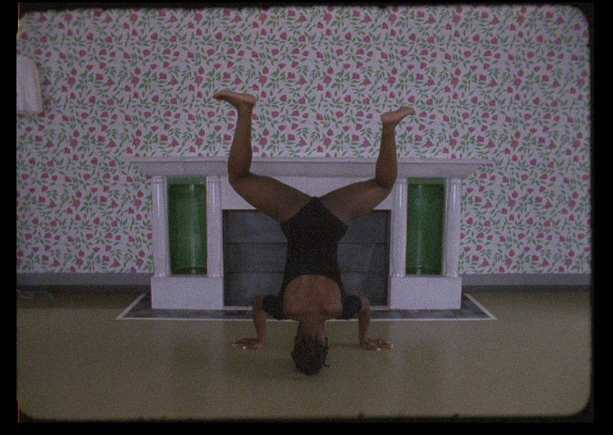If You Put A Roof On Video 16 mm Bolex Le Corbusier Maison Blanche Dancehall queen fireplace